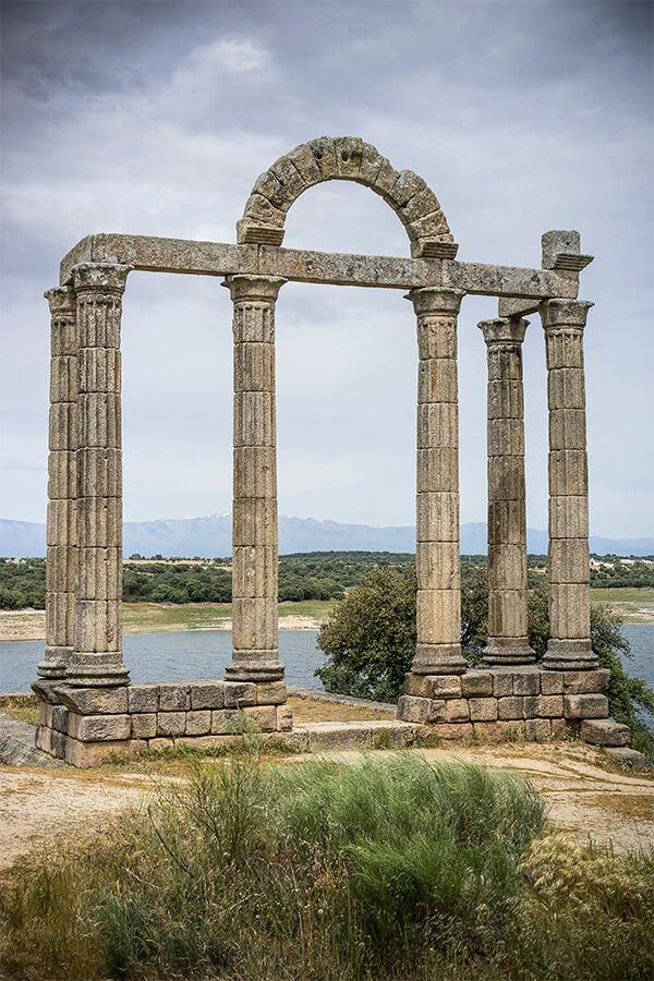 Arco romano Comarca de los Ibores